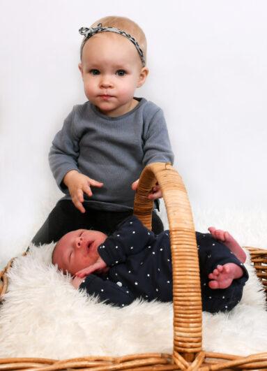 Newborn babyshoot in onze studio.
